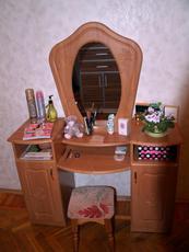 Куплю туалетный столик (комод) с зеркалом, б/у, не дорого!: