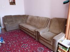 Продам срочно б/у  мягкий уголок + кресло.